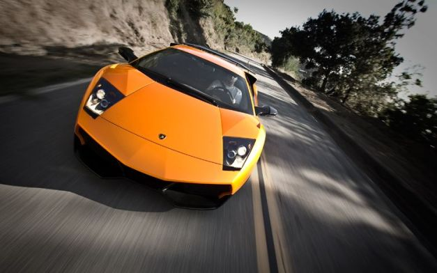2010-lamborghini-murcielago-super-veloce-orange-road