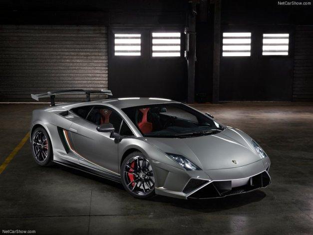 Lamborghini-Gallardo_LP570-4_Squadra_Corse_2014_800x600_wallpaper_01
