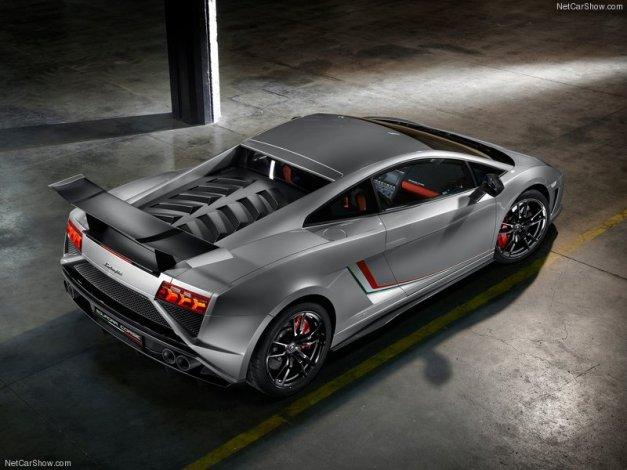 Lamborghini-Gallardo_LP570-4_Squadra_Corse_2014_800x600_wallpaper_04