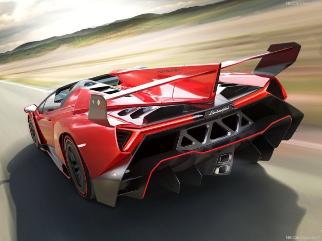Lamborghini-Veneno_Roadster_2014_800x600_wallpaper_02